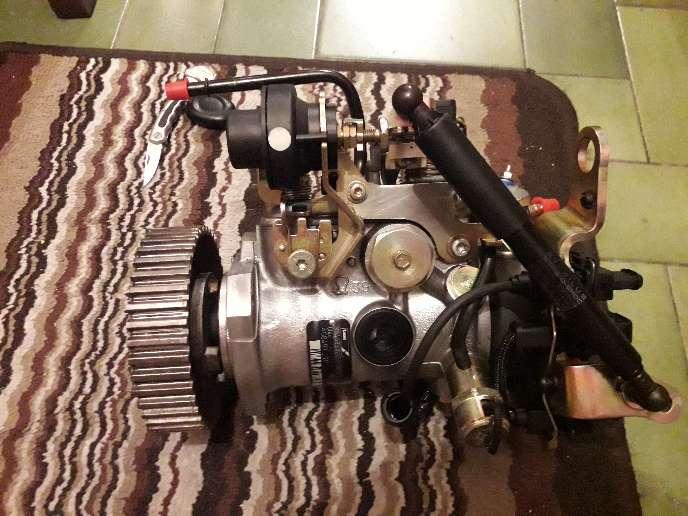 Imagen bomba de inyección diésel peugo206