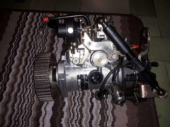 Imagen producto Bomba de inyección diésel peugo206 4