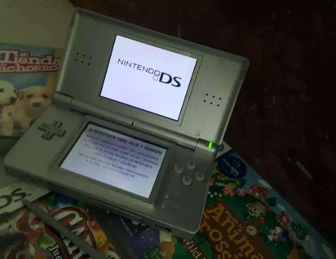 Imagen Nintendo DS + Juego