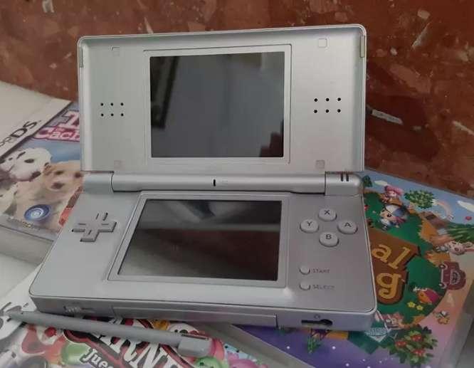 Imagen producto Nintendo DS + Juego 2