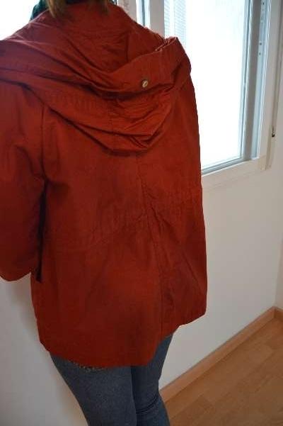 Imagen producto Chaqueta roja con fruncido ZARA  2