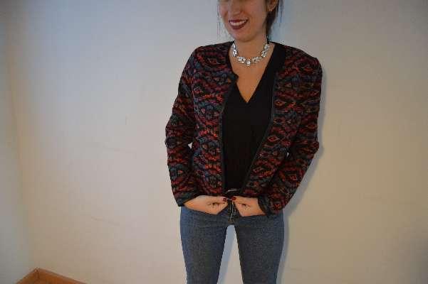 Imagen chaqueta estilo Chanel