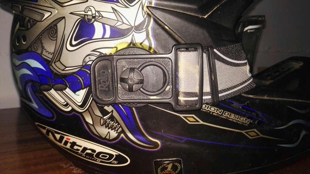 Imagen producto Casco nitro+gafas+quick strap 4