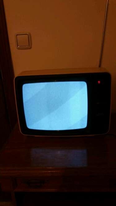 Imagen TV Grundig antigua 49 años