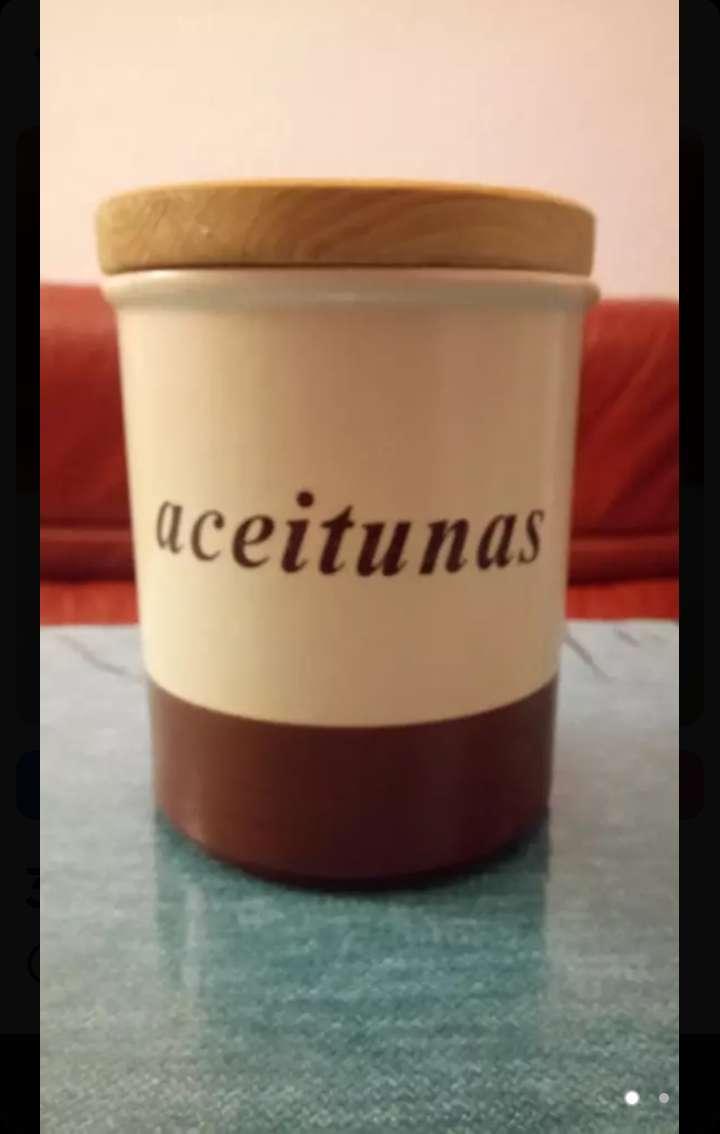 Imagen Recipiente de ceramica