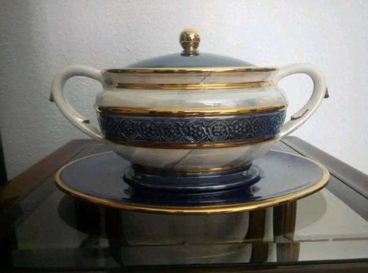 Imagen Recipiente de cerámica