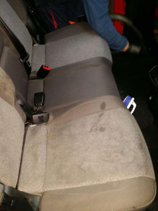 Imagen La tapicería de tu coche está sucia?