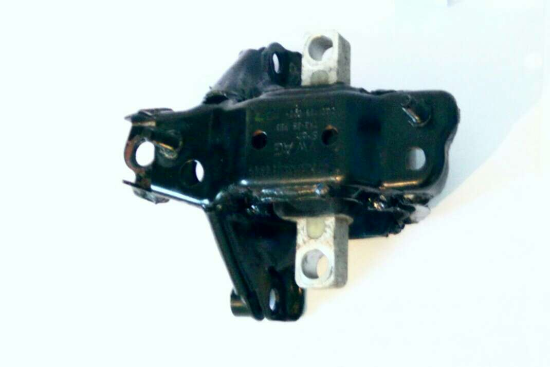 Imagen Soporte izquierdo de motor seat ibiza