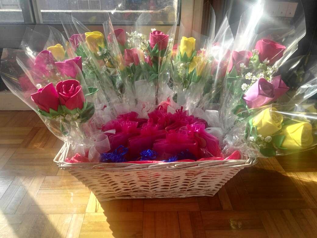 Imagen producto Flores de goma eva perfumadas 2