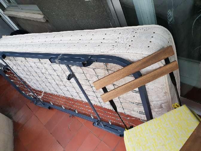 Imagen cama individual con colchon