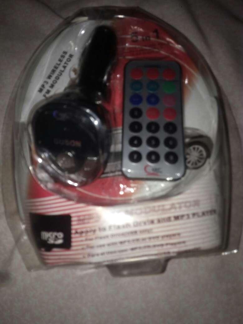Imagen producto MP3 wireless fm modulator 3