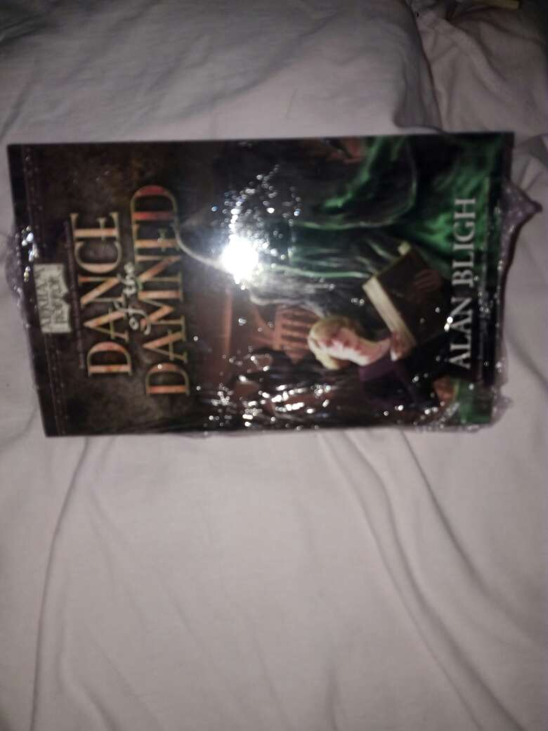 Imagen producto Libro de dance of the damned 3