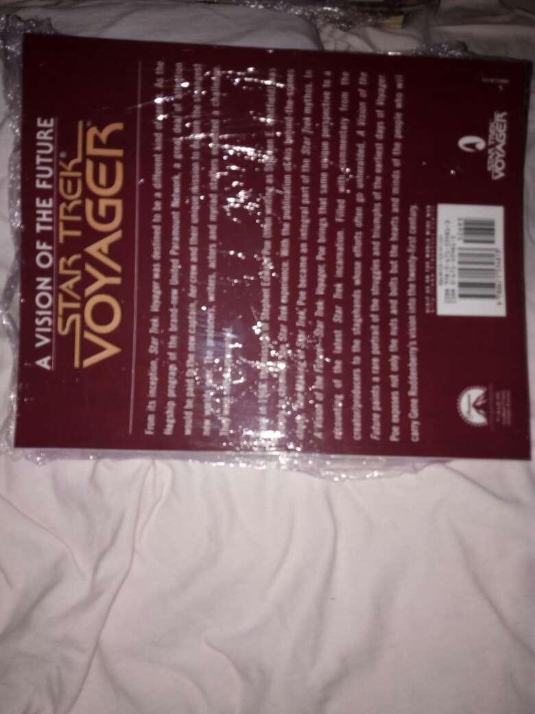 Imagen producto Libro de star trek voyager 4