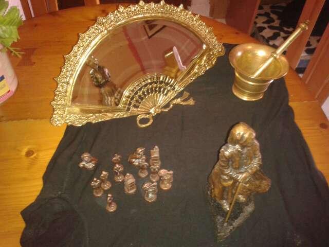 Imagen producto Espejo abanico de bronce y montero de bronce 2