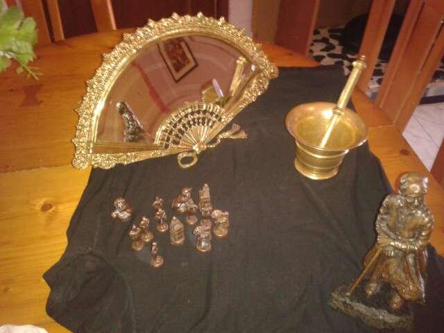 Imagen producto Espejo abanico de bronce y montero de bronce 3