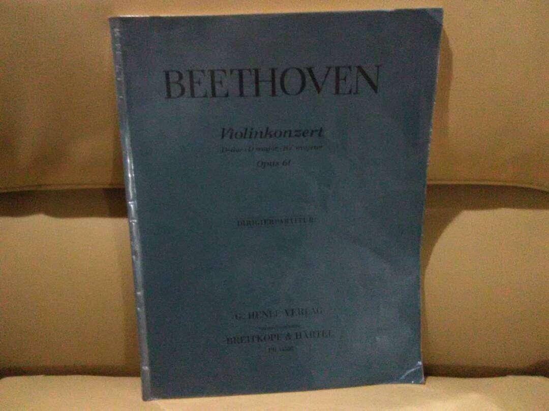 Imagen Partitura Orquesta Full Score Concierto para Violín de Beethoven