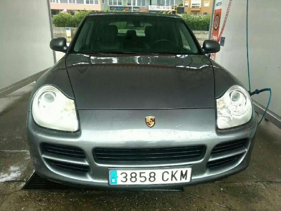 Imagen Porsche Cayenne s