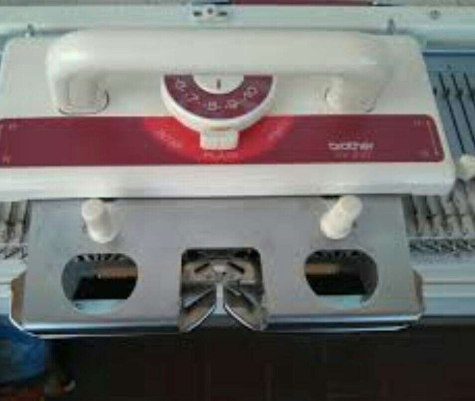 Imagen producto Máquina de tricotar  3