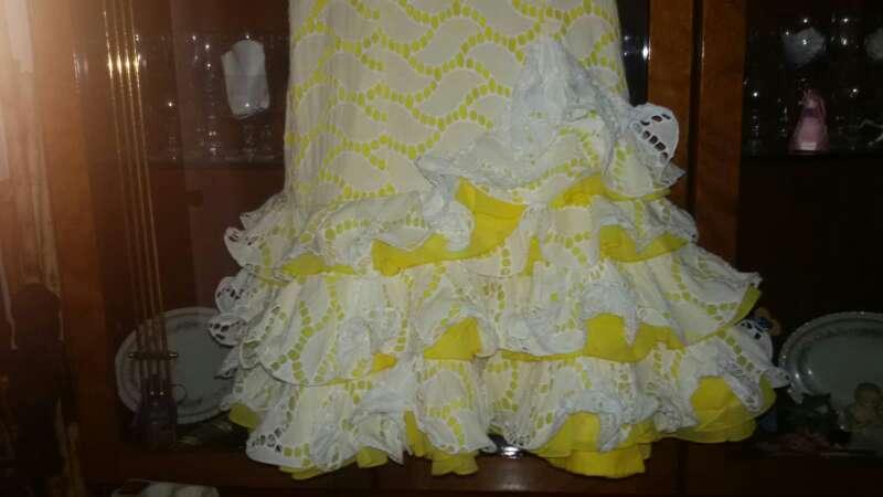 Imagen producto Traje de flamenca corto.  3