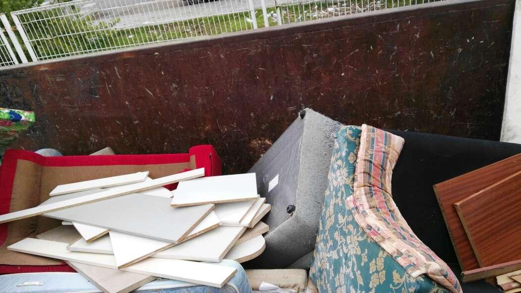 Imagen Vaciado piso muebles , al punto limpió