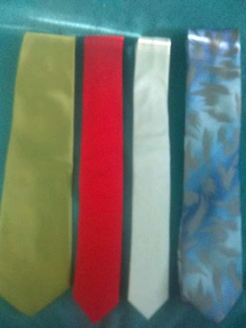 Imagen corbatas variadas