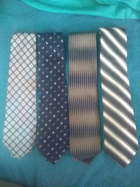 Imagen producto Corbatas variadas 3