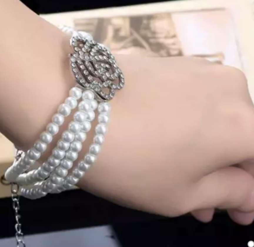 Imagen producto Pulsera de perlas  1