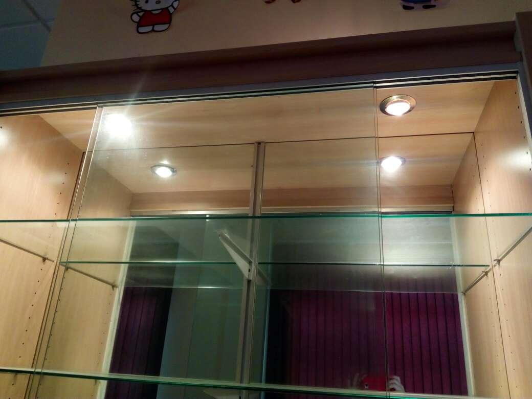 Imagen producto Dos vitrinas para Exhibicion 4