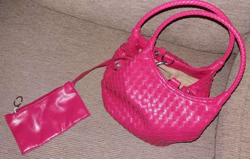 Imagen producto Bolso rosa 3