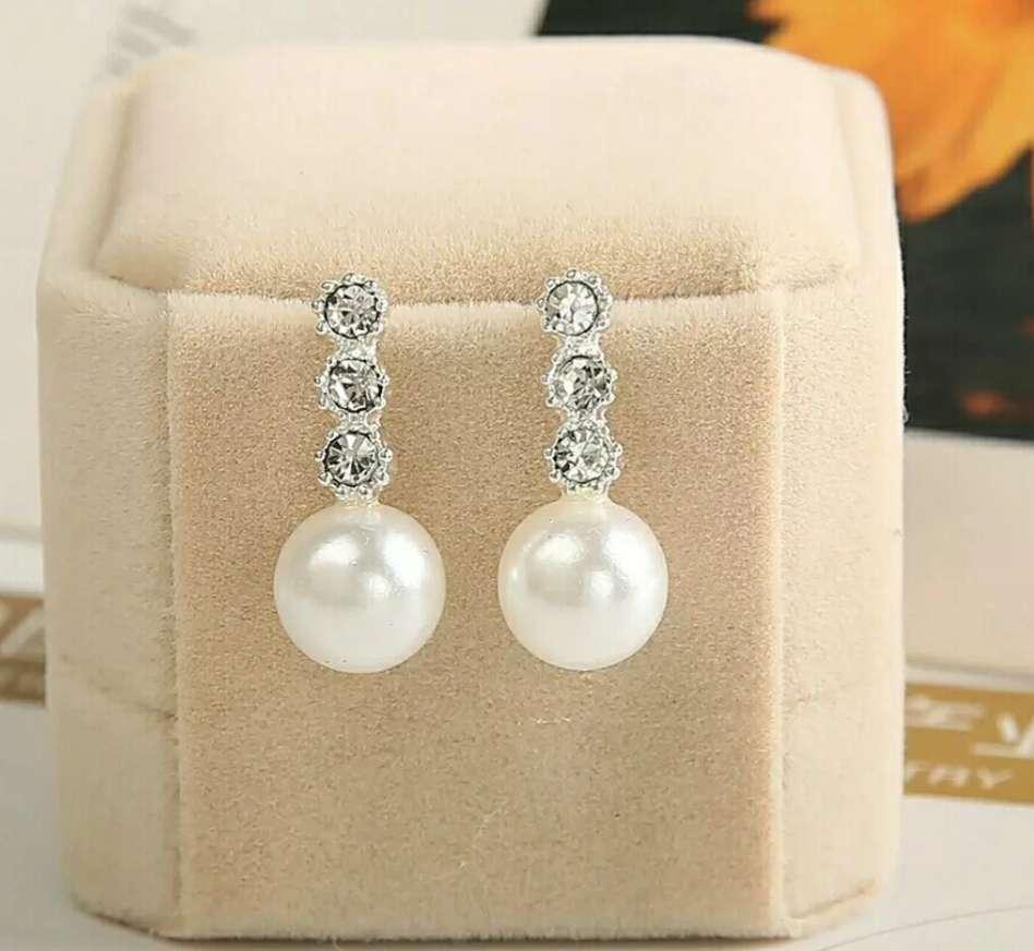 Imagen Pendientes de perlas y brillante