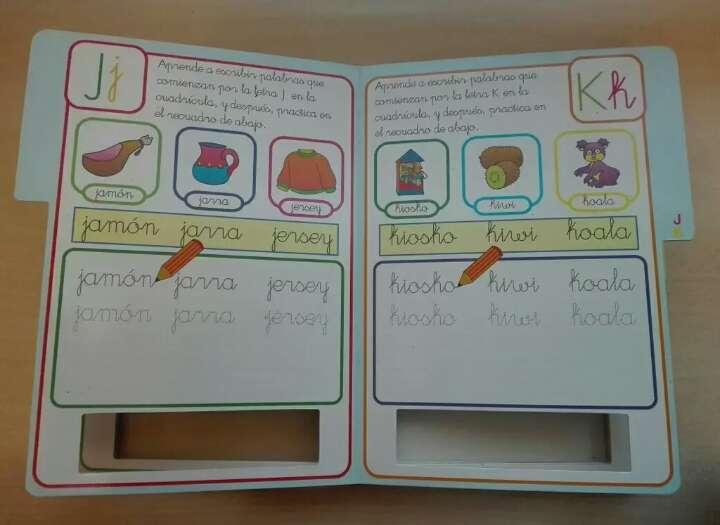 Imagen producto Libro pizarra, aprende el abecedario 3