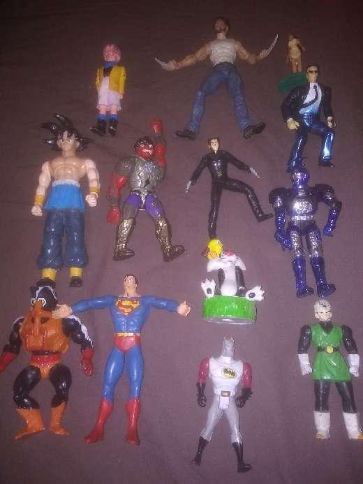 Imagen lote de figuras super héroes