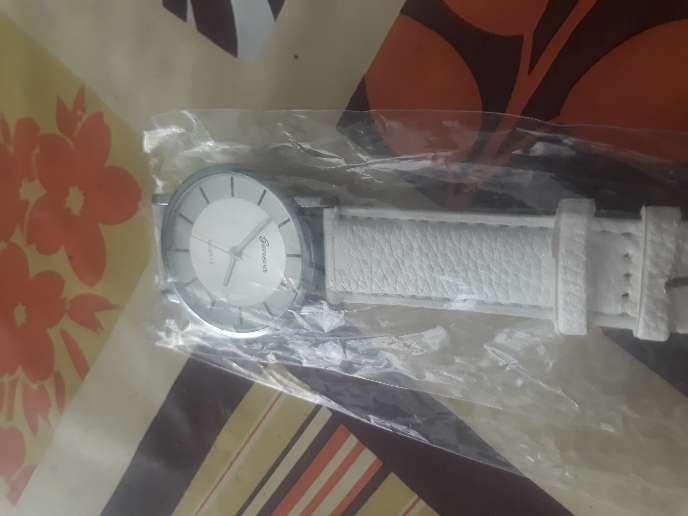 Imagen reloj pulsera mujer a estrenar