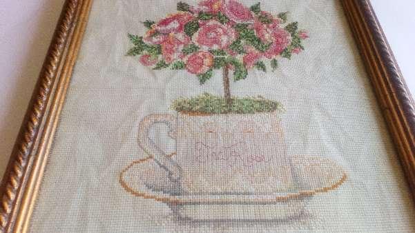 Imagen Cuadro de flores en taza