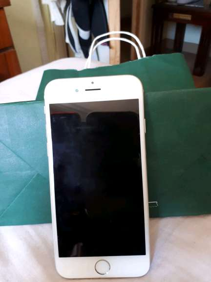 Imagen iphone 6s en buen estado