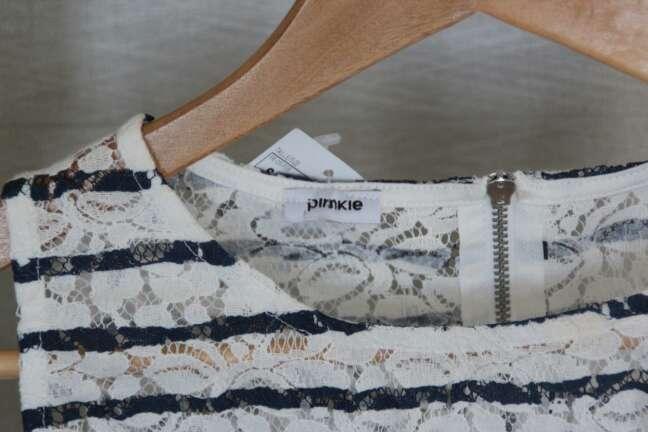 Imagen producto Camiseta blanca y azul marino verano 3