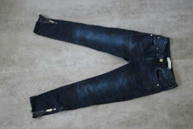 Imagen producto Jean semi corto azul oscuro 2