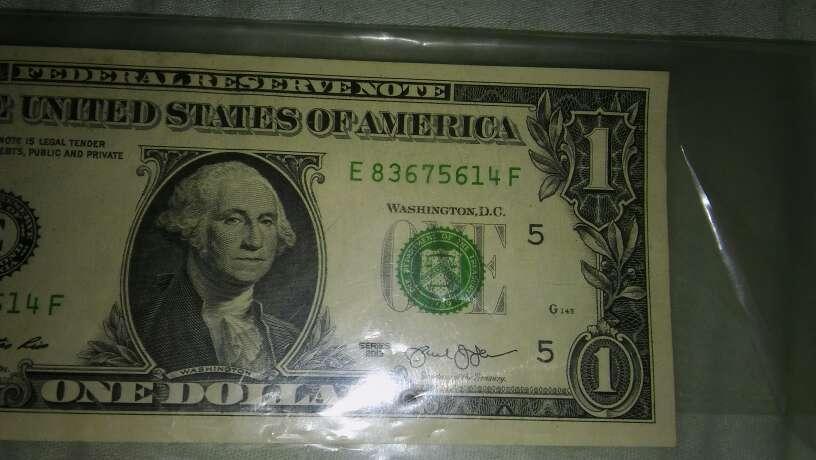 Imagen Dólar capicua, y números de series..