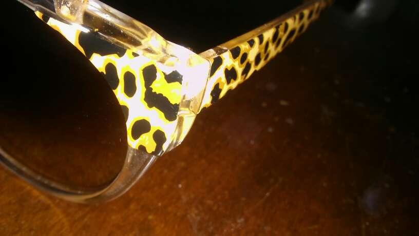 Imagen producto Gafas de sol sin estrenar modernas 4
