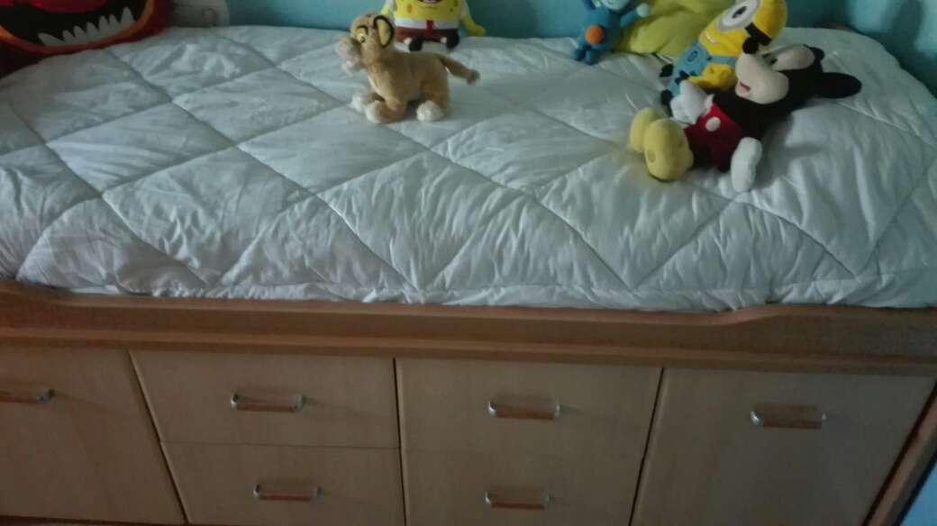 Imagen producto Dos camas con cajones 6