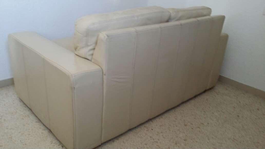 Imagen producto Sofa de piel 2