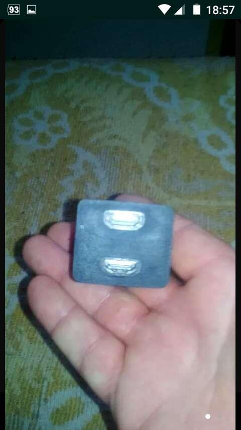 Imagen doble conector HDMI