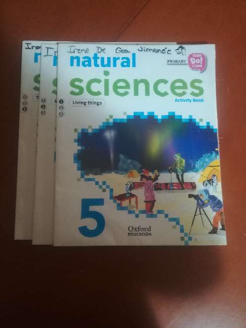 Imagen 3 libros Natural Sciences Activity Book 5 ° primaria Oxford
