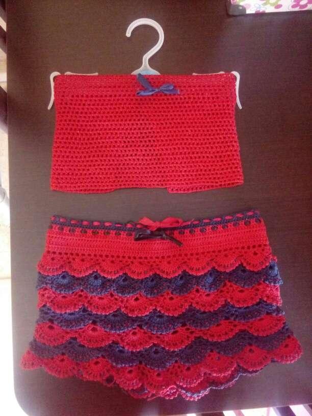 Imagen conjunto a crochet niña