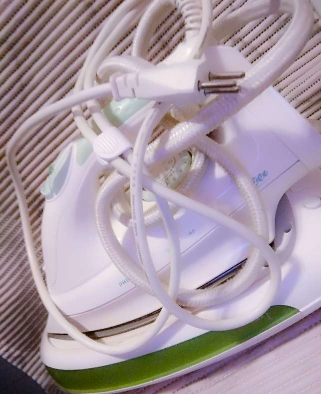 Imagen Plancha ropa marca Philips Azur vapor