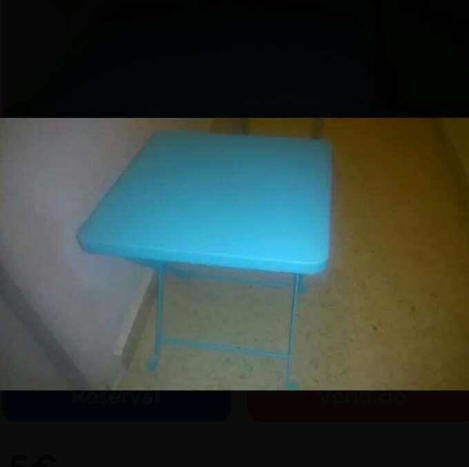 Imagen mesa plegable totalmente nueva