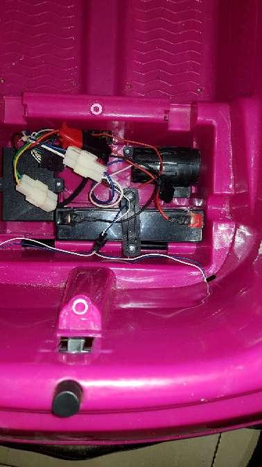Imagen producto Coche eléctrico para niña  3