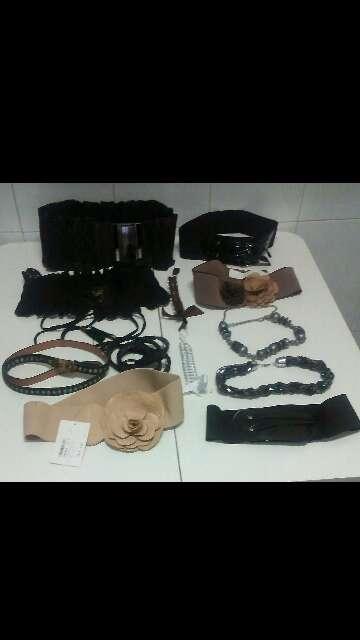 Imagen Cinturones, Correas y Collares de Mujer