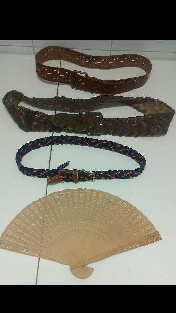 Imagen producto Cinturones, Correas y Collares de Mujer  3