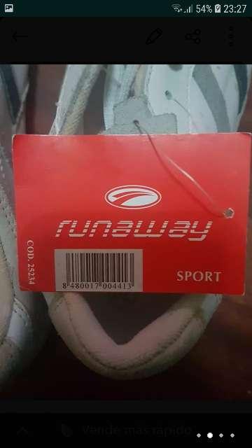Imagen producto Deportivas marca Runaway Sport 3